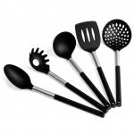 juego de utensilis de cocina modernos de nylon negro y acero inoxidable